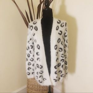 APT. 9 Snow White leopard open cardigan
